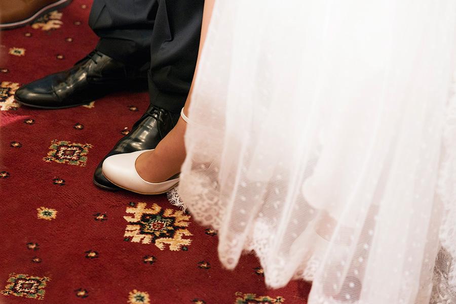 Greek wedding. greek wedding tradition. Orthodox church. Bride and groom. Chios, Greece. Alepa Katerina . Layer Photography