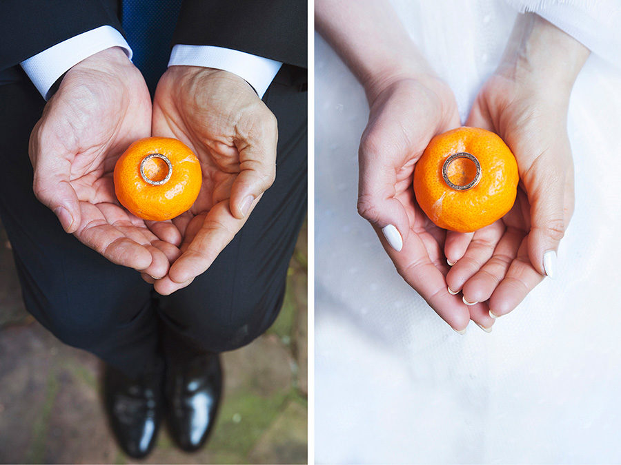 Play with the mandarins. wedding rings. Kampos. Wedding Photoshooting. orange trees. Bride's and Groom's portrait. Riziko. greek wedding . Chios , Greece. greek island. Couple photoshooting. Love and married. Alepa Katerina . Layer Photography