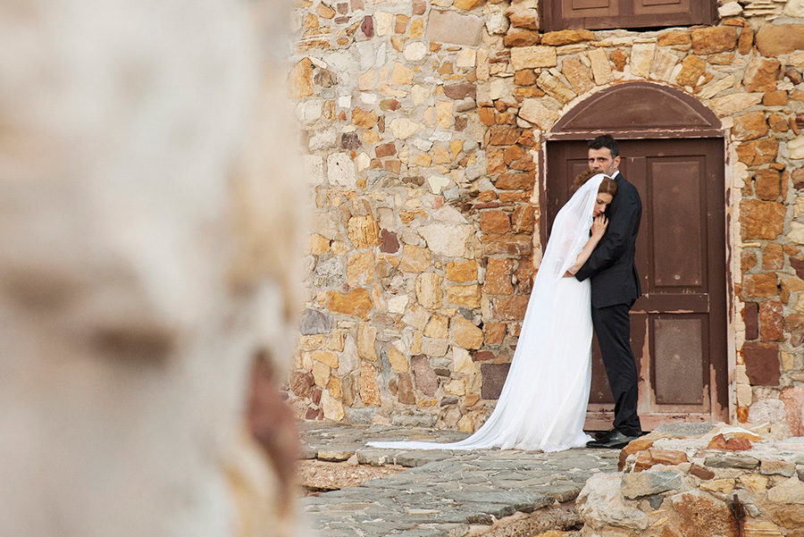 Wedding Photoshooting. Groom and bride portrait. near the sea. greek wedding . Chios , Greece. greek island. Couple photoshooting. Love and married. Alepa Katerina . Layer Photography