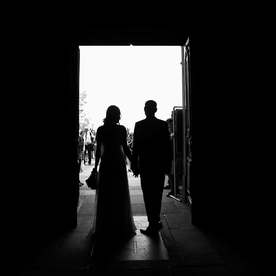 Couple vintage silhouettes.Their married. Friends, happiness. Couple, Groom and Bride.Santuário de Nossa Senhora dos Remédios, Shrine of Our Lady of Remedies