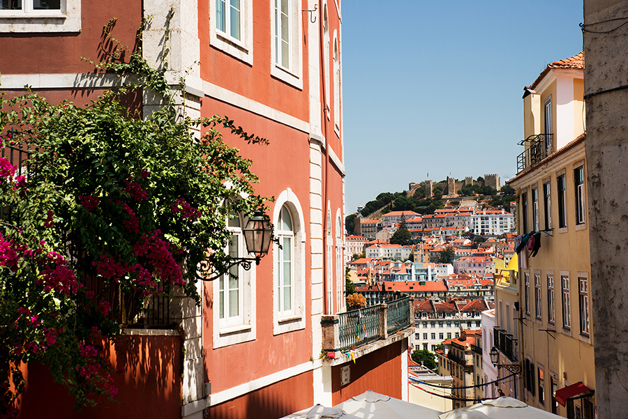 Walking in the small streets and ancient houses of Alfama, Portugal. Alepa Katerina . Layer Photography