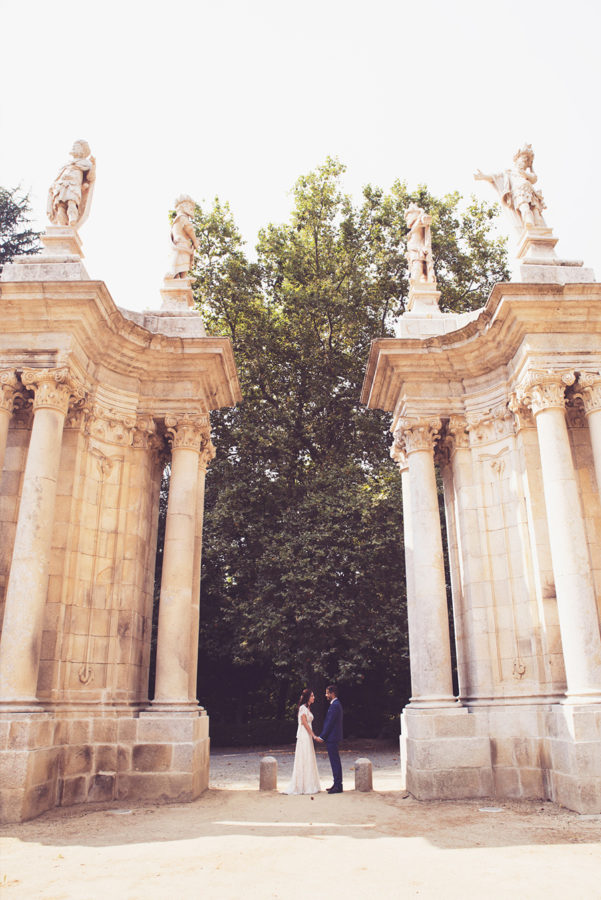 Couple's portrait. Statues.Santuário de Nossa Senhora dos Remédios, Shrine of Our Lady of Remedies the cathedral in Lamego.Portugal